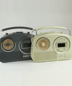 Steepletone Devon Retro Styled 2-band & DAB radio with AUX-IN