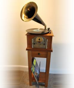 Steepletone Phono1 Gramophone Style Nostalgic 1900's Music System (Light Wood)